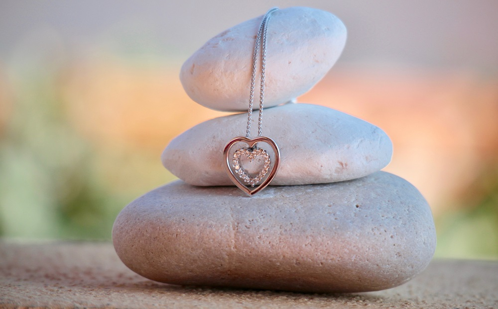 Srebrna biżuteria - doskonały pomysł na prezent